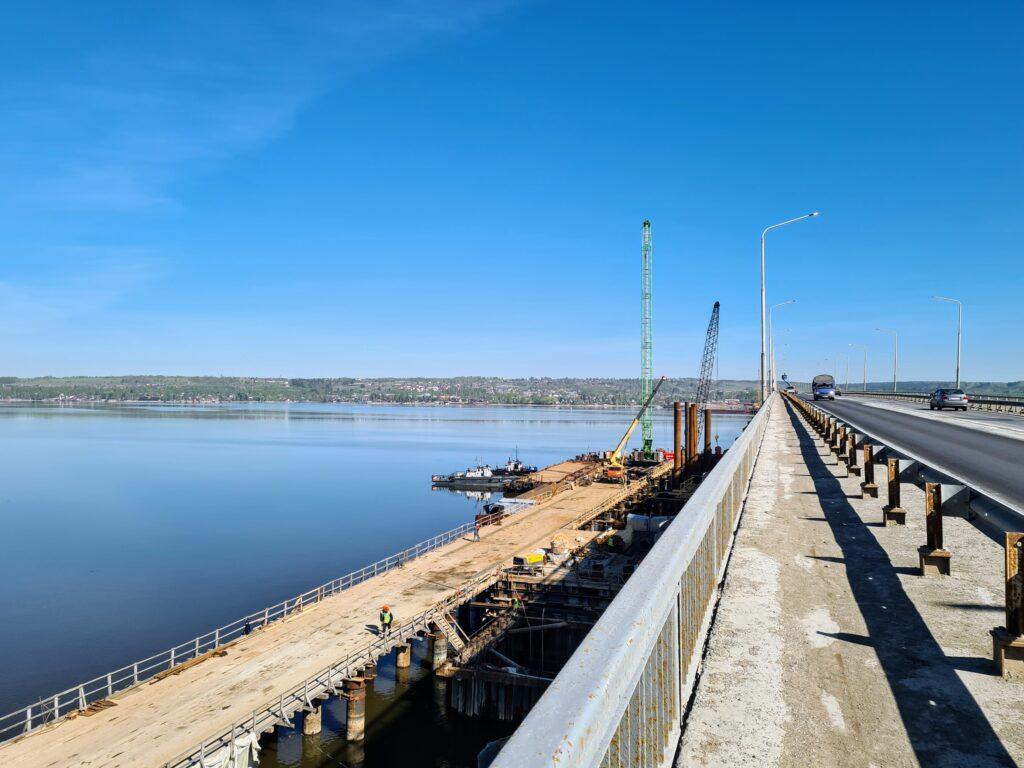 Мост непонимания